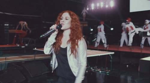 Mark Ronson & Katy B – Move to the Beat of London 2012 (Video)