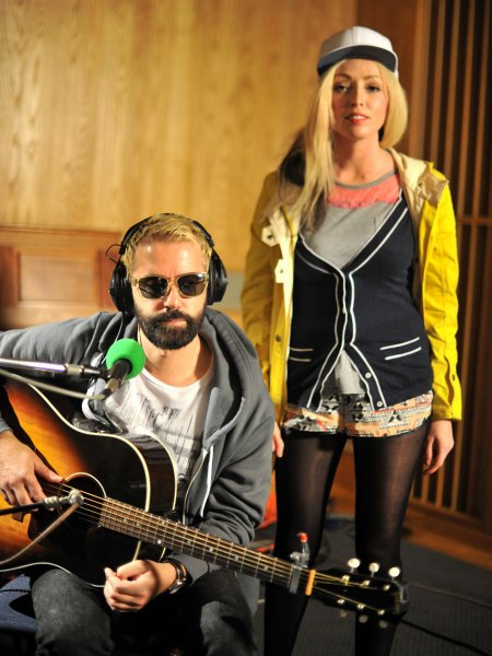 The Ting Tings – Born To Die (Lana Del Rey Cover)