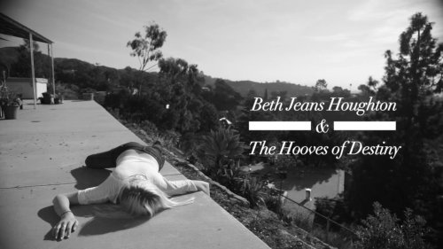 Beth Jeans Houghton & The Hooves of Destiny – Atlas (Video)