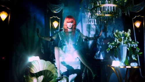 Florence And The Machine – Spectrum (Video)