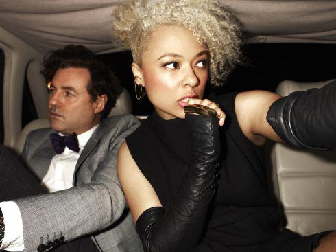 Sneaky Sound System – Friends