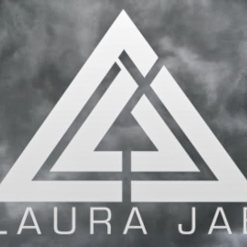 Laura Jae – Out Getting Ribs (King Krule Cover)