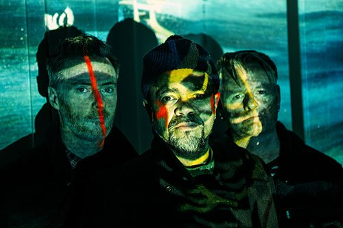 CHECK MASSES – Lonesome Little Paradise (Video)