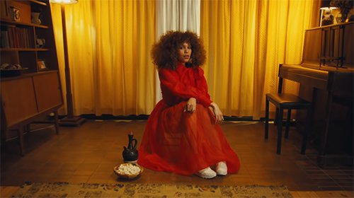 Izzy Bizu – Faded (Video)