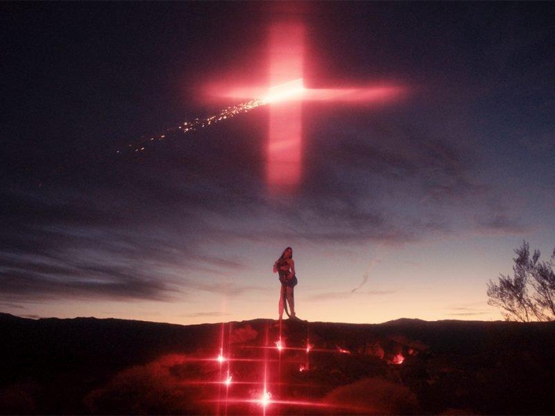 Eartheater – Volcano (Video)